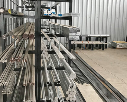 clara-metalurgica-estoque